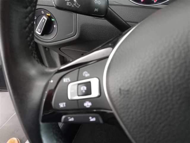 Volkswagen Golf 1.0 TSI Stream Gasolina 2019
